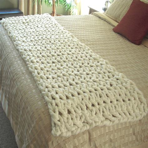 how to end a knitted blanket chunky knit throw fits end of a king size bed chunky knit