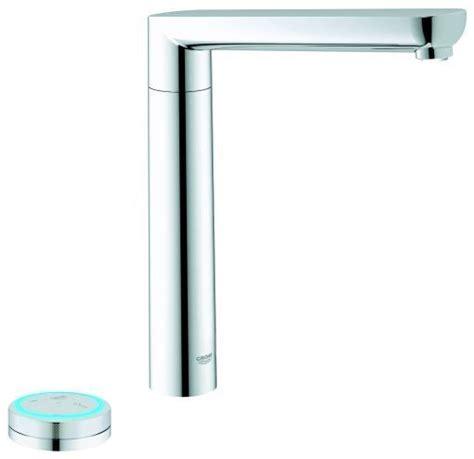 grohe k7 kitchen faucet k7 f digital faucet by grohe 10 smart home appliances lonny