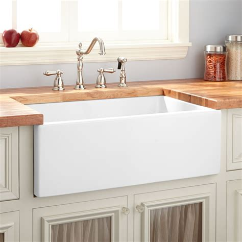 farm kitchen sink 30 quot mitzy fireclay reversible farmhouse sink smooth