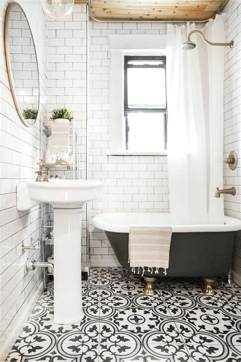 and white bathroom ideas 1000 ideas about black white bathrooms on