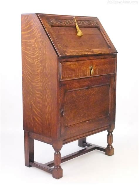 small oak desks small oak writing desk 19th century antique oak small