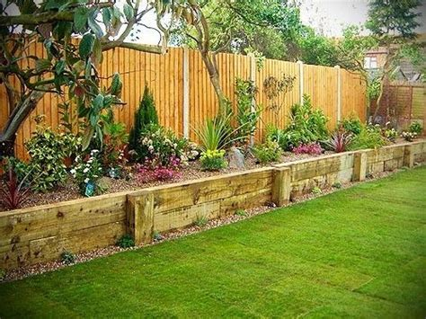 raised garden border ideas 25 best ideas about landscaping along fence on