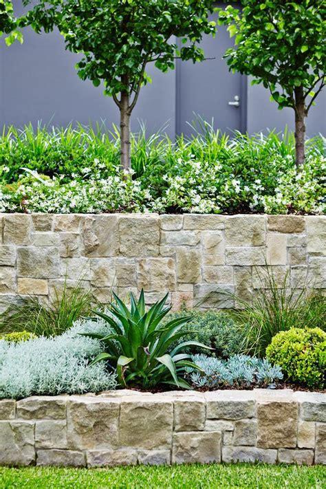retaining garden wall ideas 25 best ideas about tiered garden on