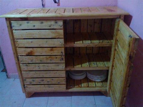 Pallet Kitchen Island diy pallet mud kitchen