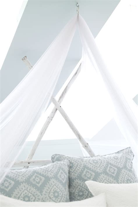 Canopy Netting by How To Hang A Mosquito Net Bed Canopy