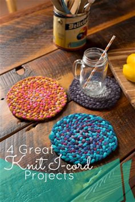 knitting gift ideas closing an i cord loop here s how to join the beginning