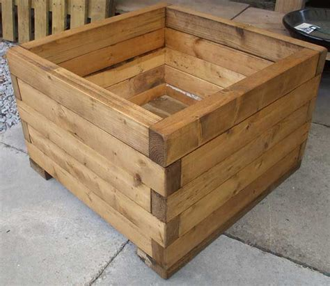 wooden planter box 25 best ideas about wooden planters on wooden