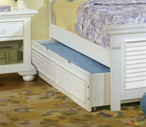 white traditional bedroom furniture cottage traditional white bedroom furniture set free