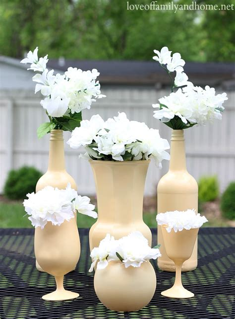 inexpensive centerpieces easy inexpensive centerpiece ideas spray painted vases