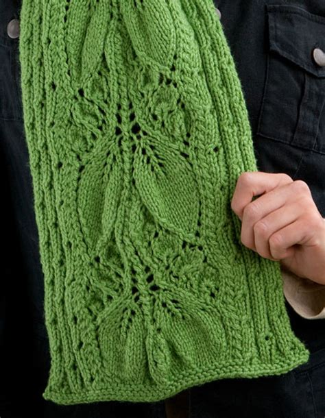 how to knit a leaf shape falling leaves scarf knitting patterns and crochet