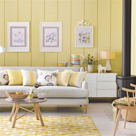 yellow living room best 25 yellow living rooms ideas on