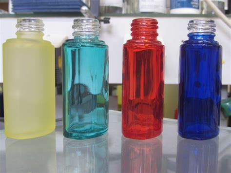 spray paint on glass spray painting glass best glass paints for the glassware