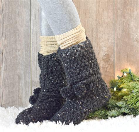 free knit slipper boot pattern mountain chalet boot slipper knitting pattern knit flat