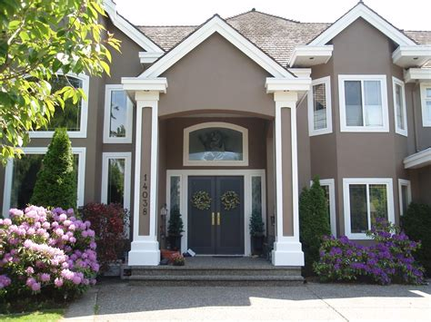 choosing paint colors for house exterior guide to choosing the right exterior house paint colors