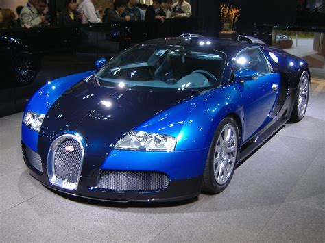 Bugati Veron by Bugatti Veyron
