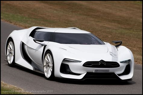 Gt By Citroen by Citroen Gt Concept Futuristic Sporty Designed For Gran