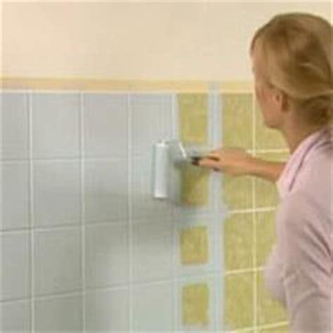 spray painting bathroom tiles how to paint bathroom tiles diy lifestyle