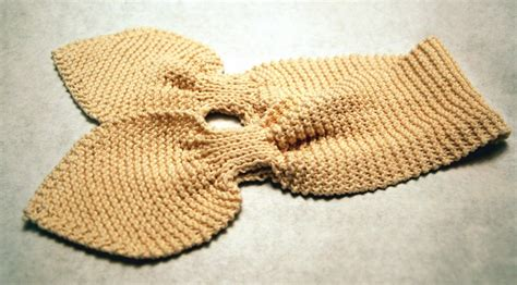 how to knit a baby scarf for beginners disdressed pattern for baby scarf