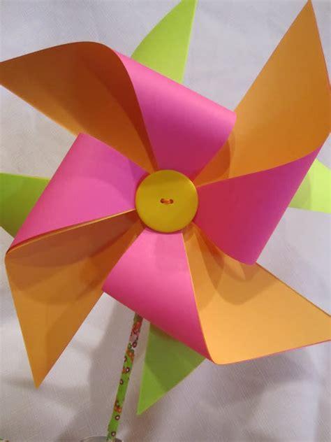 pinwheel paper craft how to make a paper pinwheel tutorial wendys hat