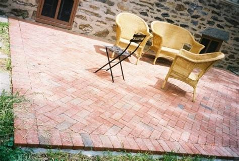 putting in pavers patio 20 charming brick patio designs
