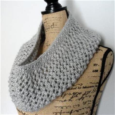 all free knitting cowls mesh lace cowl allfreeknitting