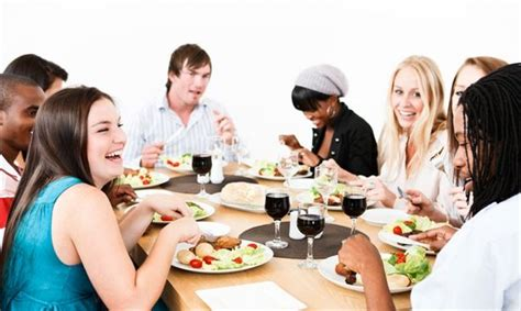 hosting a hosting a dinner in your kitchen lifestyle magazine