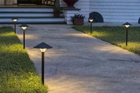 landscape light fixtures landscape lighting commercial landscaping lighting options