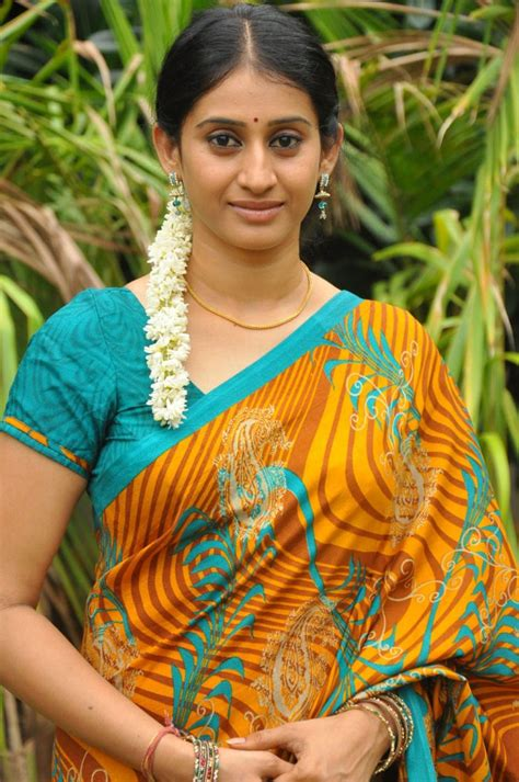 in telugu with pictures telugu tv serial meena in yellow saree picture