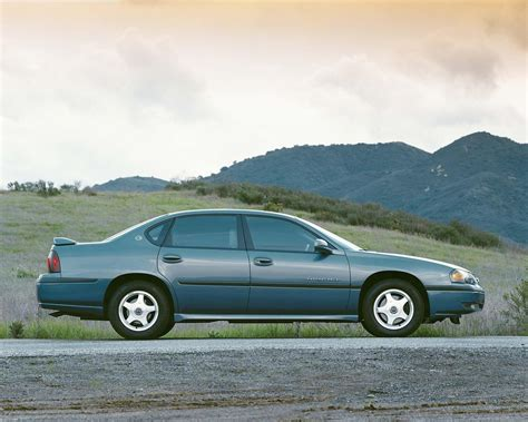 chevrolet impala specs 1999 2000 2001 2002 2003 2004 2005 autoevolution 2001 chevrolet impala history pictures value auction sales research and news