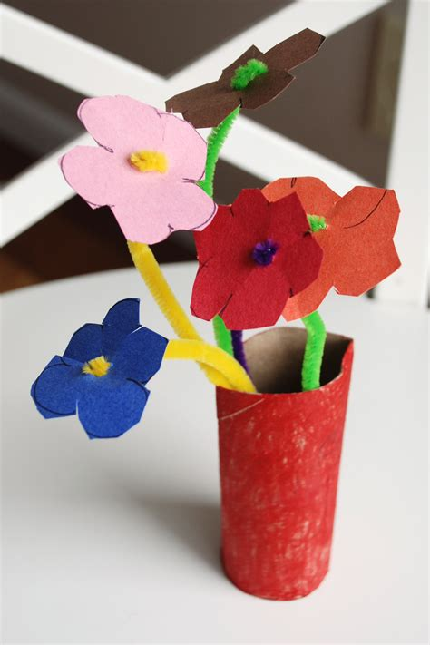 construction paper crafts construction paper easy crafts