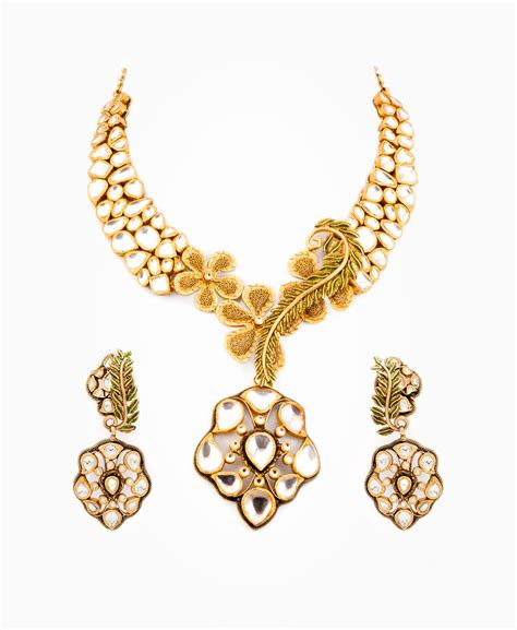 where to purchase for jewelry need gold buyers will purchase necklaces and