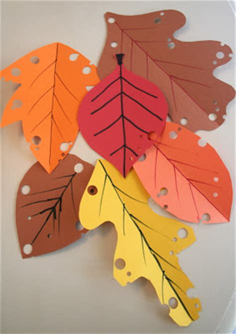 construction paper crafts for fall mmmcrafts easy autumn leaf craft