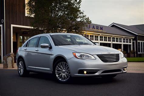 Chrysler Build by Chrysler Builds 1 Millionth Pentastar V6 After 18