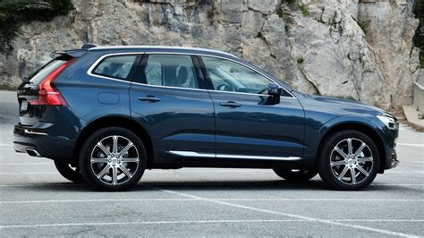 Volvo Xc 60 by Volvo Xc60 2017 Review Car Magazine