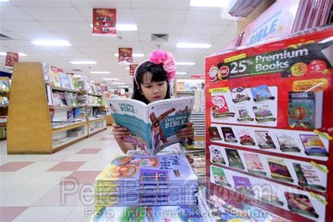 di gramedia toko buku gramedia batam kota batam