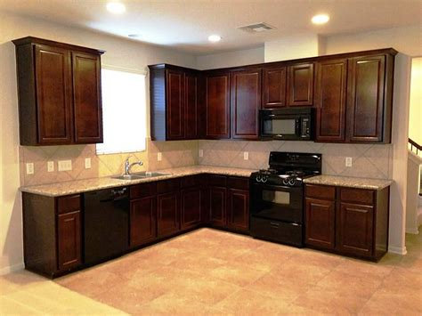 black oak kitchen cabinets kitchen kitchen color ideas with oak cabinets and black