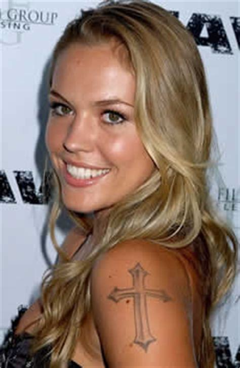 agnes bruckner tattoo pics photos of her tattoos
