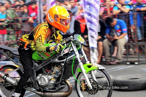 Motor Drag Modifikasi Tercepat by 100 Foto Gambar Modifikasi R Drag Bike Racing