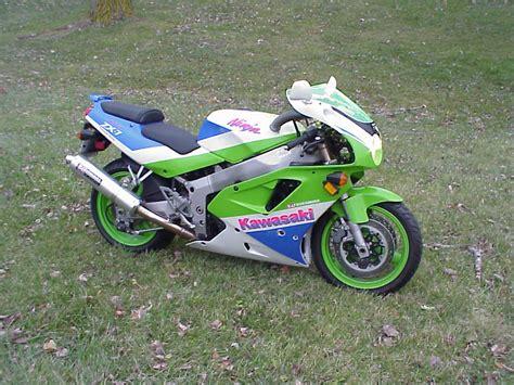 1992 Kawasaki Zx7 by Zx7