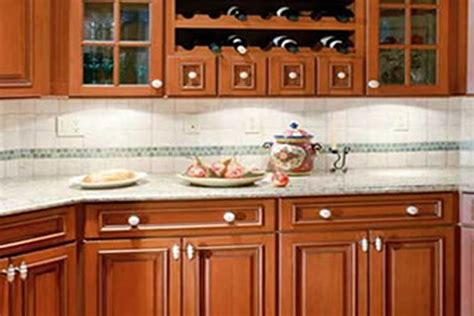 cleaning wood kitchen cabinets 28 how to clean wooden cabinets best way to clean