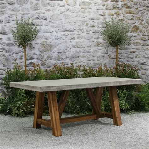 patio furniture table 25 best ideas about concrete table on