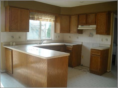 how to refurbish kitchen cabinets refurbished kitchen cabinets before and after home