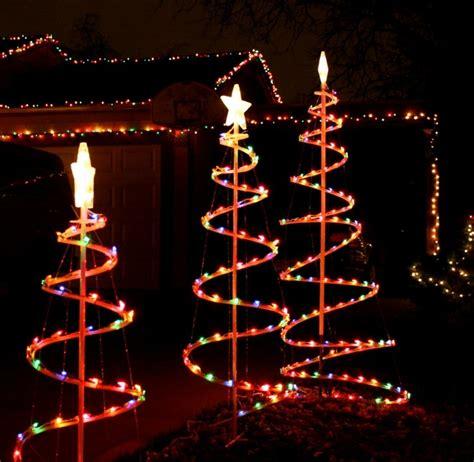 luces para el arbol de navidad luces de navidad 50 ideas festivas para decorar la casa
