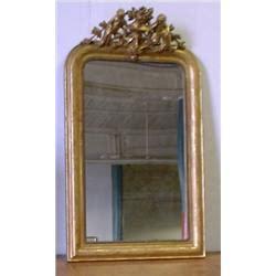 un miroir en bois dor 233 d 233 poque louis philippe vers 1840 le fronton orn 233 de deux ch 233 rubins flan