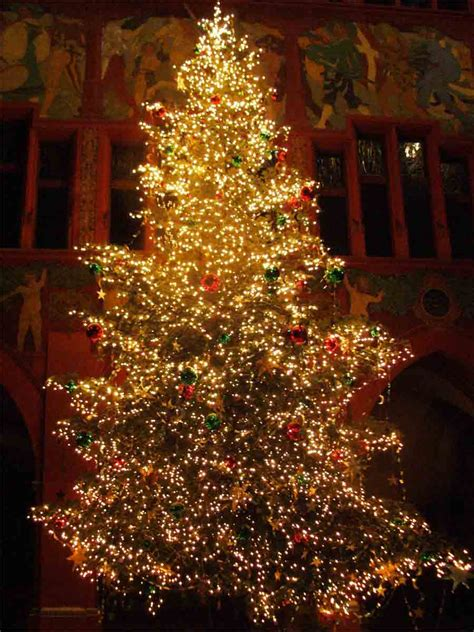 Christmas Tree Decorator by The Rustic Cottage Christmas Tree Ideas