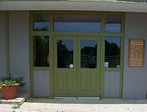 country woodworks outside showroom
