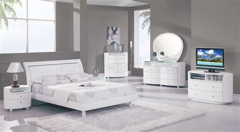 high gloss bedroom furniture white emily bedroom set in white high gloss finish by global