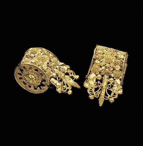 ancient jewelry 47 best etruscan etruscan revival style jewelry