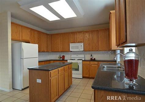 updating kitchen cabinets quicua update oak kitchen cabinets quicua