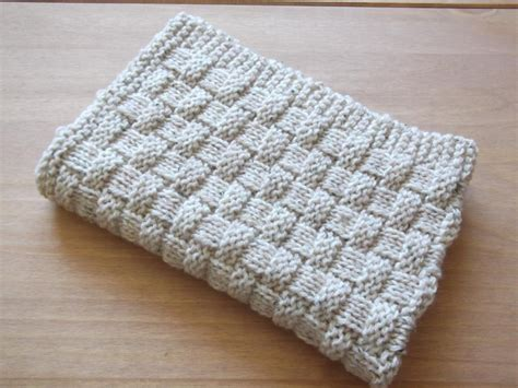 easy knit baby blanket and easy basket weave baby blanket by daisygrayknits